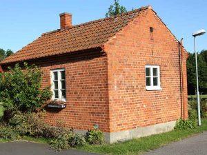 rumah bata merah