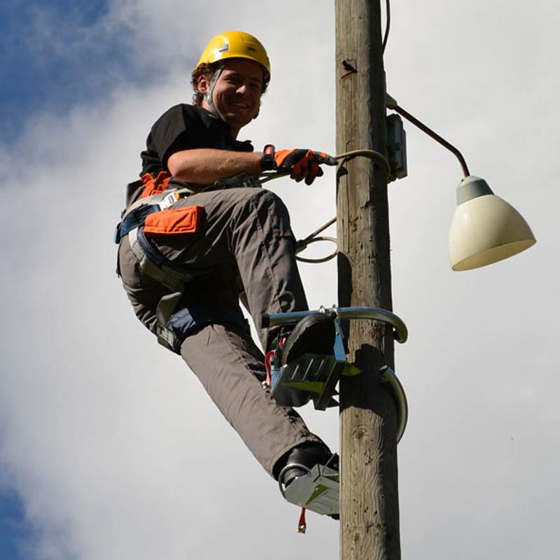 penggunaan pole climber